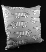MIKEY Cushion Grey Lisa Larson