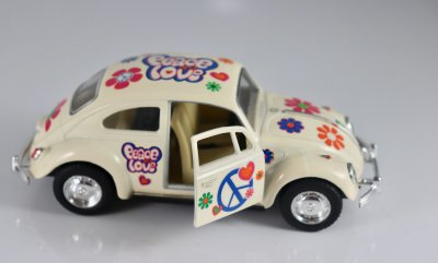 VW PEACE & LOVE 1967 White
